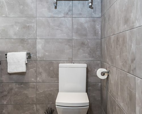 luxury fitted bathrooms uk